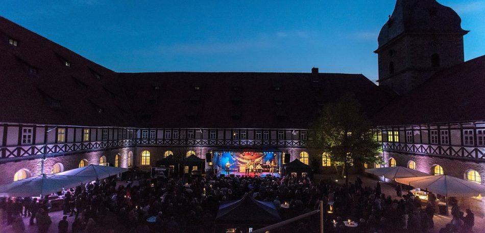 rvtentertainment-touchoftoto-goslarer tribute night